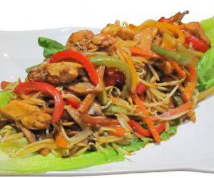 چاومین(غذای آسیایی)